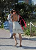 Jamie-Lynn Sigler | Candids on the Beach in Miami | December 29 | 18 pics