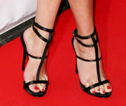 REESE WITHERSPOON Th_236671558_Reese_Witherspoon_Feet_1454650_123_213lo