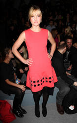 Julia Stiles ~ Attends The Cynthia Rowley Fall 2011 Fashion Show in New York City - Feb. 11 (8HQ)