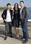 http://img253.imagevenue.com/loc547/th_985586397_Erica_Durance_SavingHopePhotocall_Cannes17_122_547lo.JPG