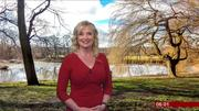 Carol Kirkwood (bbc weather) Th_990399751_002_122_56lo